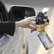 littering is a nasty driving habit the safe driver. Black Bedroom Furniture Sets. Home Design Ideas