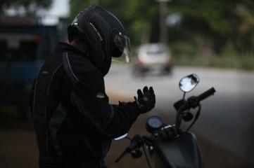 motorcycle-helmet-1